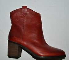 BOUTIQUE 9 CURAN NEW $195 SZ 7.5 M RED LEATHER ANKLE BOOTS WESTERN BOOTIES