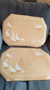 2Vintage Geese Town & Country Vinyl Placemats beige & white