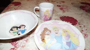 DISNEY SNOW WHITE ARIEL PRINCESS SLEEPING BEAUTY PORC. BOWL PLATE CUP 3 PC. SET