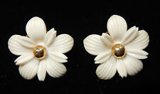 S.A.C. Sarah Ann Coventry - White Plastic Flower & Gold Tone Clip Earrings