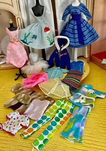 VINTAGE LOT OF BARBIE OUTFITS   NICE!