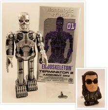Terminator 2 Endoskeleton Tin Toy Wind-up Figure with Mini Terminator Medicom