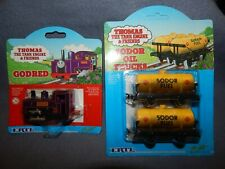 THOMAS THE TANK ENGINE & FRIENDS * GODRED * & *SODOR OIL TRUCKS* ~ CARDED