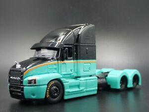 MACK Anthem Highway Long Haul Camion Plate-Forme 1:64 Echelle Diorama Modèle