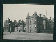 Écosse, Édimbourg, Le Palais de Holyrood, ca.1900, Vintage silver print Vintage