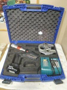 KLAUKE UAP3L i-Press Medium Pex Pressing Tool Kit W/ Jaw Press Tool 2 Batteries