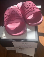 NEW NEW NEW GUCCI Pink Pursuit Logo Pool Slide Sandals, Size EU 38/US 8 WITH BOX