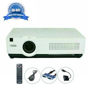 Refurbished - Sanyo PLC-XU300A 3LCD Projector 3000 ANSI HD HDMI-adapter