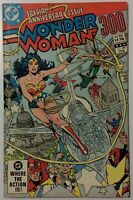 WONDER WOMAN #300 - Special Anniversary Issue - 1982 DC Comics
