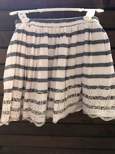 Gap girls summer skirt 10, in immaculate clean condition