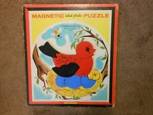 VTG PLAYSKOOL MAGNETIC INLAID PLASTIC PUZZLE, 7 PIECES, BIRD, #T6580A, USA MADE