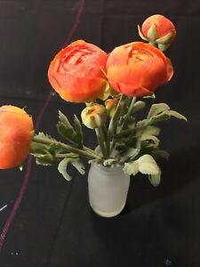 "Beautiful Artificial 12"" Ranunculus Buttercup Flowers Arrangement in Glass Vase"