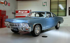 1 24 Welly Chevrolet Impala Ss396 1965 Lightblue-metallic