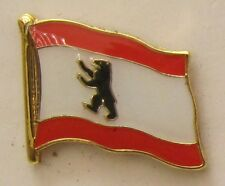 PIN FLAG BERLIN FLAG PIN BADGE Button Clip Lapel Pin