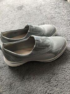 Clarks Womens Grey Shoes Size UK 5