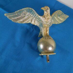 """Eagle Flagpole Topper Gold Tone 9.5x6.5"""""""