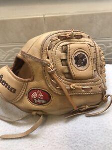 "Nokona AMG-1050 10.5"" Buffalo Limited Edition Baseball Softball Glove Right 🤚"