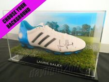✺Signed✺ LAURIE DALEY Football Boot PROOF COA Canberra Raiders NRL 2018 Jersey
