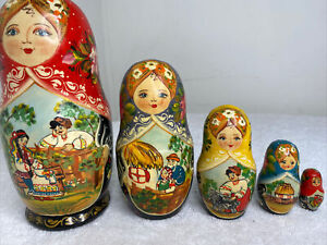 Hand Painted Russian Nesting Doll 5 Pc Set Family Village Life Scene