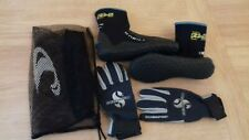O'Neill Scuba Diving Boots and Scubapro Gloves Bundle for Women hardly used.