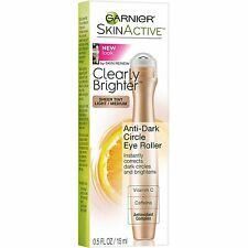 1 X GARNIER SkinActive Clearly Brighter Anti-Dark Circle Eye Roller Light/Medium