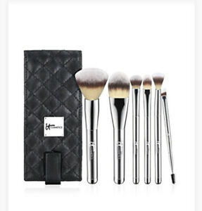 It Cosmetics  New Heavenly Luxe 6 pc Brush Set Kit With Case!