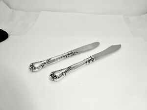 PAIR(2) GORHAM CHANTILLY STERLING SILVER BUTTER KNIVES,NO MONOGRAMS,EXCELLENT