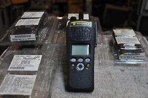 Motorola XTS2500 Part Number H46KDF9PW6BN  (136-174MHZ) Unused!!