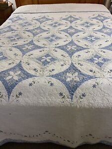 Gorgeous Vintage Blue & White  Embroidered Lovers Knot Quilt 120x120 king