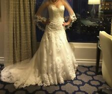 DESIGNER IVORY LACE WEDDING DRESS + VAIL and CROWN for free