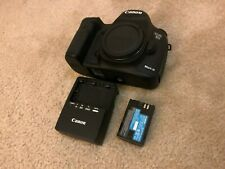 Canon 5D Mark III 22.3 MP DSLR body w/ battery, charger - 2K SC ONLY