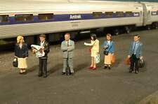 Bachmann Scene Scapes Standing Platform Passengers Ho Scale