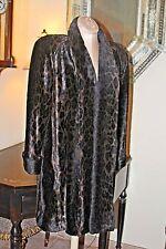 Wonderful Vintage Cache' Plush Faux Leopard Coat