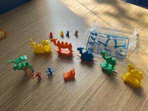 Cereal Premiums R&L Kelloggs Camel monkey toy train- COMPLETE SET !! RARE (X8)