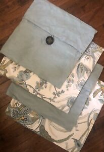 Pottery Barn Set Of 4 Pillow Cases, Two Sizes
