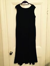 Petite Scoop Neck Sleeveless Ballgowns for Women
