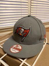 NEW Tampa Bay Buccaneers New Era 9Fifty Grand Logo Gray Snapback Hat NFL