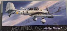 "1/72 WW2 Dive bomber: Junkers Ju-87D-5 ""White Milk""  [Germany] : FUJIMI"