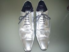 D&G SILVER PATENT LEATHER SHOES.