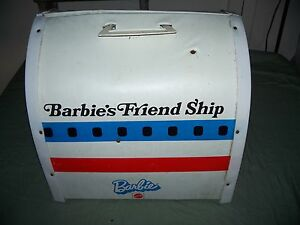 Vintage Mattel Barbie 1972 FriendShip Doll House Case