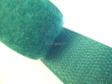 Cierre autoadherente de costura y mercería verdes