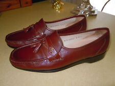 """"""" FRENCH SHRINER """" BROWN LEATHER SLIP ON LOAFER SHOES - TASSELS - SIZE 8 M"""