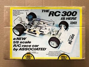 Vintage  Team Associated RC300 KIT 1/8 2WD ON ROAD