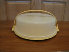 TUPPERWARE vintage round pie taker or single layer cake & cupcake carrier gold