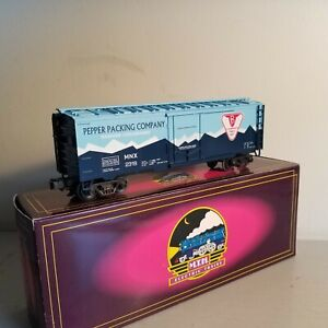 MTH 20-9400L Pepper Packing Co. Refrigerator Car<++++>BRAND NEW<++++>OB<++++>