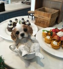 Cavalier King Charles Spaniel dog sat coffee cup resin figure figurine Us un