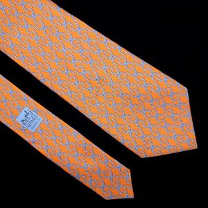 HERMES Paris 5404 OA Horse Bit Shoes Pattern Orange Color Silk Necktie Tie