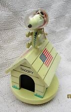 """1969 Snoopy Astronaut Peanuts Music Box by Schmid plays """"Fly Me To The Moon"""""""