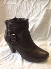 Clarks Black Ankle Leather Boots Size 6
