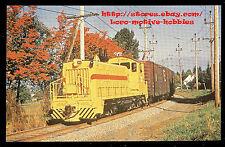 LMH Postcard  BRITISH COLUMBIA HYDRO Railways SW900RS BCH #903  New Yellow 1972